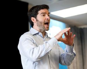 CEO-ul LinkedIn se destainuie: 3 reguli despre leadership