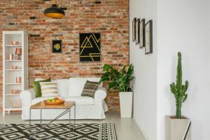 Cum iti poti transforma livingul in cel mai fain spatiu din casa (cu buget redus!)