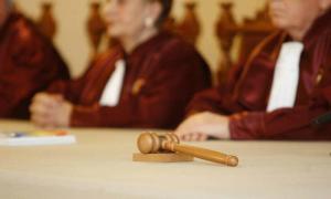 PNL sesizeaza CCR in legatura cu mandatul de deputat al lui Liviu Dragnea. Liderul PSD risca demiterea