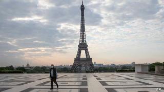 Parisul intra in lockdown, cu 1.200 de pacienti in ATI. Franta se teme de al treilea val pandemic. Ce restrictii intra in vigoare aici