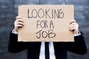 EDITORIAL-ANALIZA: Cati dintre noi ne vom mai intoarce la munca si pe ce salarii
