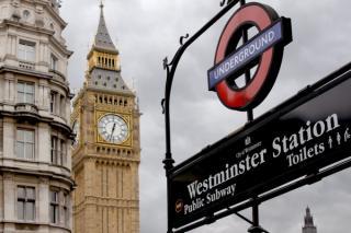 Marea Britanie cere doua teste moleculare pentru depistarea infectiei cu SARS-CoV-2