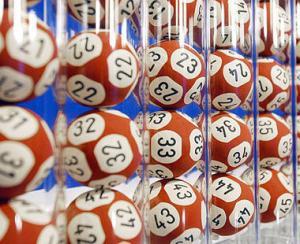 Douazeci de cereri pentru un milion de lei la extragerea Loteriei bonurilor fiscale din 22 mai