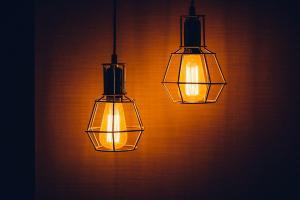 Lumina calda vs lumina rece - Diferente si recomandari de utilizare pentru diverse spatii
