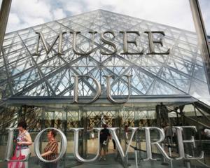 Aproape 9,5 milioane de persoane au vizitat Muzeul Luvru, in 2014