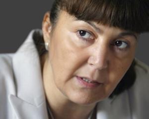 Monica Macovei, pe urmele lui Xena: Impreuna ii putem bate. Voi sunteti speranta mea!