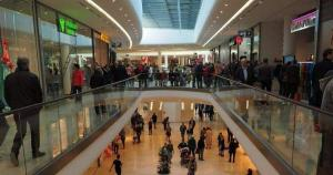 Ministrul Economiei, despre redeschiderea mall-urilor: E posibil sa mai ramana inchise doar doua saptamani