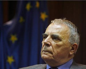 Nicolae Manolescu a ramas presedinte al Uniunii Scriitorilor din Romania