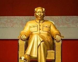 Mao Zedong are o statuie din aur de 16 milioane dolari in China