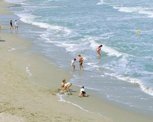Mihnea Costoiu: Nu exista riscuri pentru sanatatea publica pe litoralul romanesc