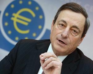 Euro, cel mai scazut nivel fata de dolar in ultimile trei saptamani