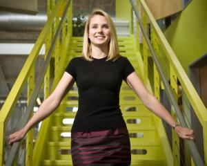 TOP 10: Femeile CEO platite regeste. Marissa Mayer a castigat 36,6 milioane de dolari in 2012