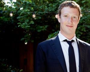 Mark Zuckerberg despre NSA: Guvernul a dat-o in bara