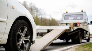 De astazi, Primaria Capitalei incepe ridicarea masinilor parcate neregulamentar. Sanctiunile minime sunt intre 500 si  620 de lei