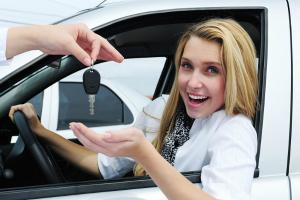 Atentie soferi: Veti primi masini gratis prin noua lege RCA