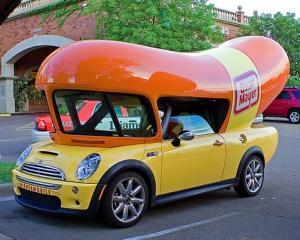 """""""La promotie"""": 10 masinute ciudate folosite in scopuri publicitare"""