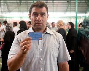WFP lanseaza carduri electronice pentru refugiatii sirieni din Liban, cu ajutorul Mastercard