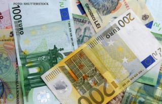Dupa o vara secetoasa, macar sa ploua cu bani: 150 de milioane de euro pentru fermieri, de la Ministerul Agriculturii
