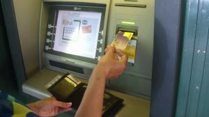 Bancile din Romania vor elimina o parte din comisioane din 27 ianuarie 2018