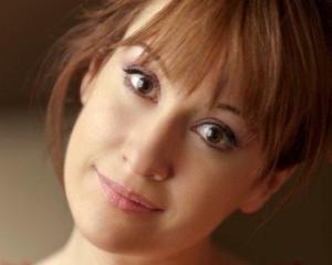 "Public Speaking cu inspiratie! Medeea Marinescu vine la ""Meet the WOMAN!"""