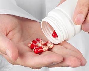 Companiile farmaceutice ar putea fi obligate sa vorbeasca pe retelele sociale despre efectele adverse ale medicamentelor lor