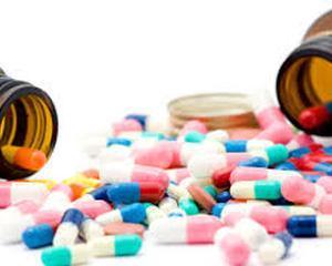Senatul respinge interzicerea comertului on-line de medicamente