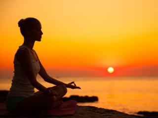 Cum te poate ajuta meditatia Mindfulness sa fii un angajat mai bun, dar si o persoana mai fericita