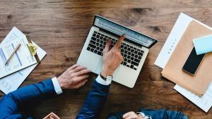 Mediul de afaceri trage un semnal de alarma asupra riscurilor pe care si le asuma Guvernul prin cresterea repetata a salariului minim