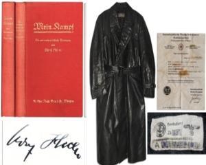 """Doua copii din """"Mein Kampf"""", vandute cu 47.000 euro"""