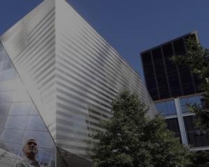 New York-ul va gazdui un muzeu dedicat victimelor atentatelor teroriste din 11 septembrie 2001