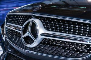 Mercedes zguduita de scandalul emisiilor de gaze