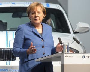Partidul lui Angela Merkel a primit o donatie de 700.000 euro din partea BMW