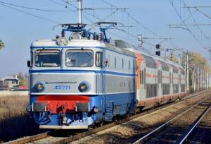 Mersul trenurilor in vremea COVID-19: CFR aplica regula un loc ocupat, unul liber