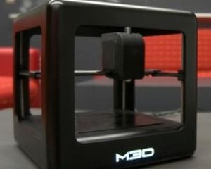 """Ce stie sa faca Micro, imprimanta 3D """"accesibila tuturor"""""""