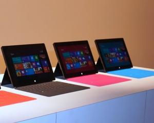 Microsoft si Blackberry au redus preturile la Surface si Z10