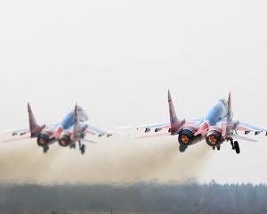 India a semnat doua acorduri cu producatorul avioanelor de vanatoare MiG