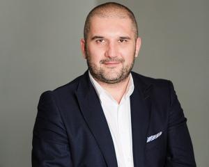 Despre Cresterea cifrei de afaceri: Tactici si riscuri cu Mihai Stanescu, executive & business coach la RoCoach, speaker la Meet the MAN!
