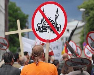Cat de reusita este integrarea musulmanilor in Europa de Vest?