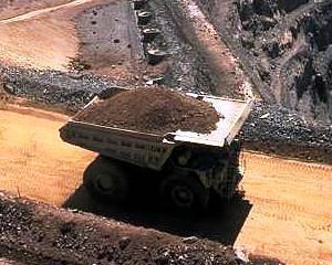Protestul minerilor a dat roade: A fost semnat contractul de furnizare de carbune intre Petrosani si Hunedoara