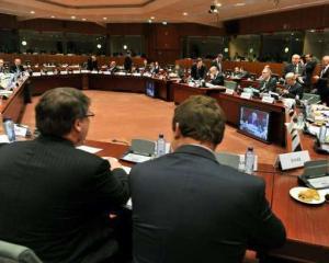Ministrii de finante ineaca bancile in tentativa de a le salva