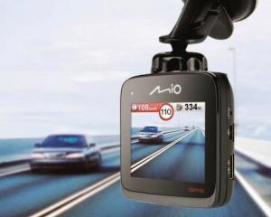 Mio lanseaza camera video cu GPS incorporat si alerte radar actualizate pe viata
