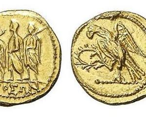 Ministerul Culturii anunta readucerea in tara a unui lot de cinci monede dacice din aur si a paisprezece podoabe dacice din argint