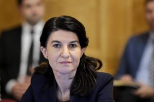 Parlamentul a adoptat motiunea simpla impotriva ministrului Muncii, Violeta Alexandru