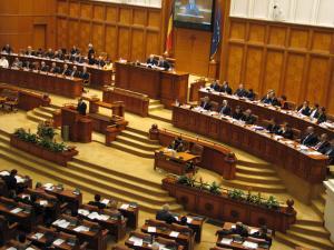 Motiunea de cenzura impotriva Guvernului Dancila a picat, Opozitiei lipsindu-i peste 70 de voturi