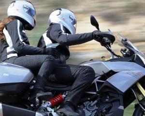 Motociclistii, de 57 de ori mai expusi accidentelor mortale decat automobilistii