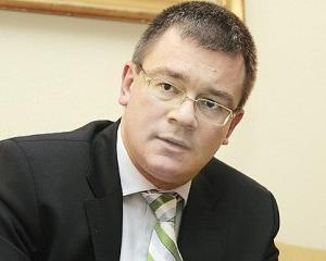 Mihai-Razvan Ungureanu la Academia Tinerilor Politicieni FORTA CIVICA: Politica este o alta forma de educatie