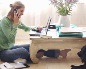5 instrumente care te vor ajuta sa lucrezi de acasa ca si cum ai fi la birou