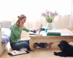 Studiu Regus: De ce munca de acasa nu reprezinta o solutie productiva daca doriti flexiblitate la locul de munca