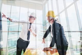 Siguranta la locul de munca: de ce este nevoie sa ceri ajutor si cum sa te protejezi cand esti la job