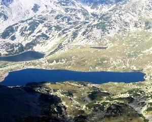 Veste proasta pentru investitorii din turismul montan: Senatorii nu vor impozit redus pentru cladiri si terenuri